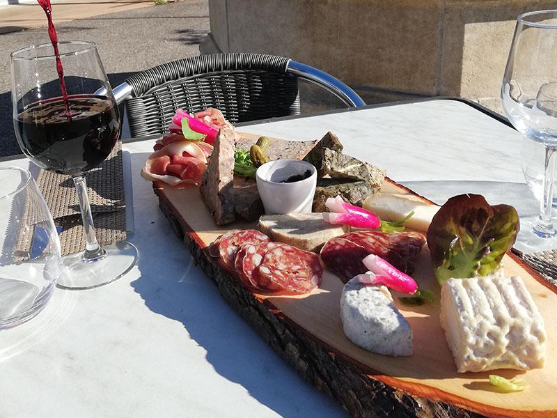 planches charcuteries et fromages-Restaurant La Pangée